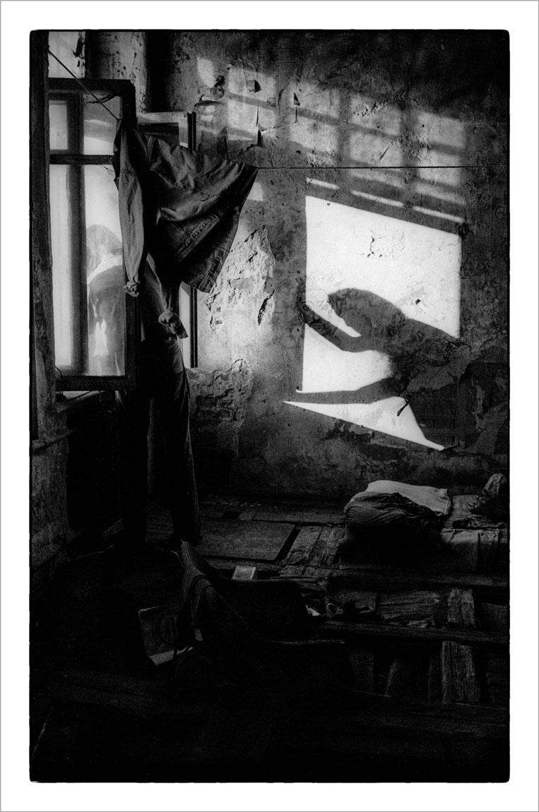 Ч/б отпечаток 30 x 40 см. с подписью автора. B/W print 30 x 40 cm signed by the author.